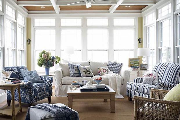 Decor: inspiração azul e branco para living!