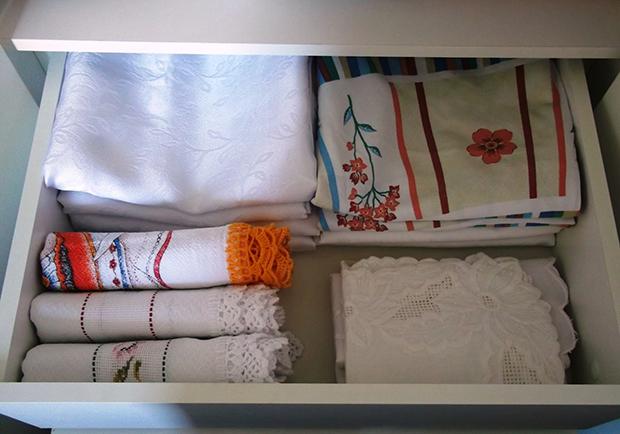 dicas-de-como-organizar-toalhas-de-mesa-jogos-americanos-porta-guardanapo-e-guardanapos-blog-ask-mi6
