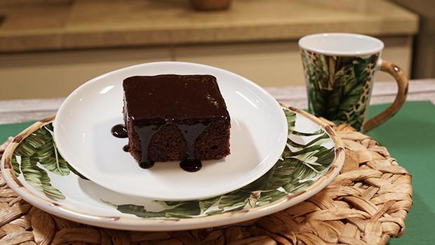 Receita do dia: Bolo de Chocolate com Leite de Coco!