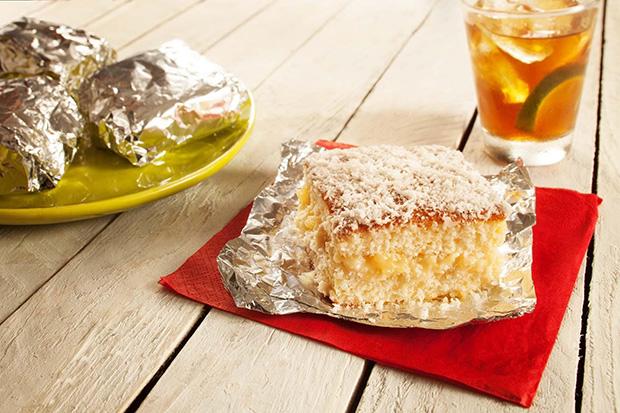Receita para o finds: bolo gelado de coco com abacaxi!